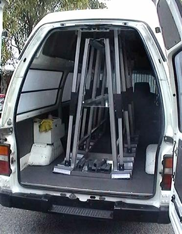 Glass van A-Frame rack