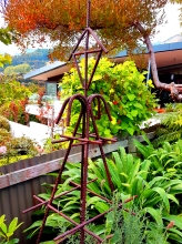 Metal art garden feature retaining bar art Christchurch Metalcraft Engineering